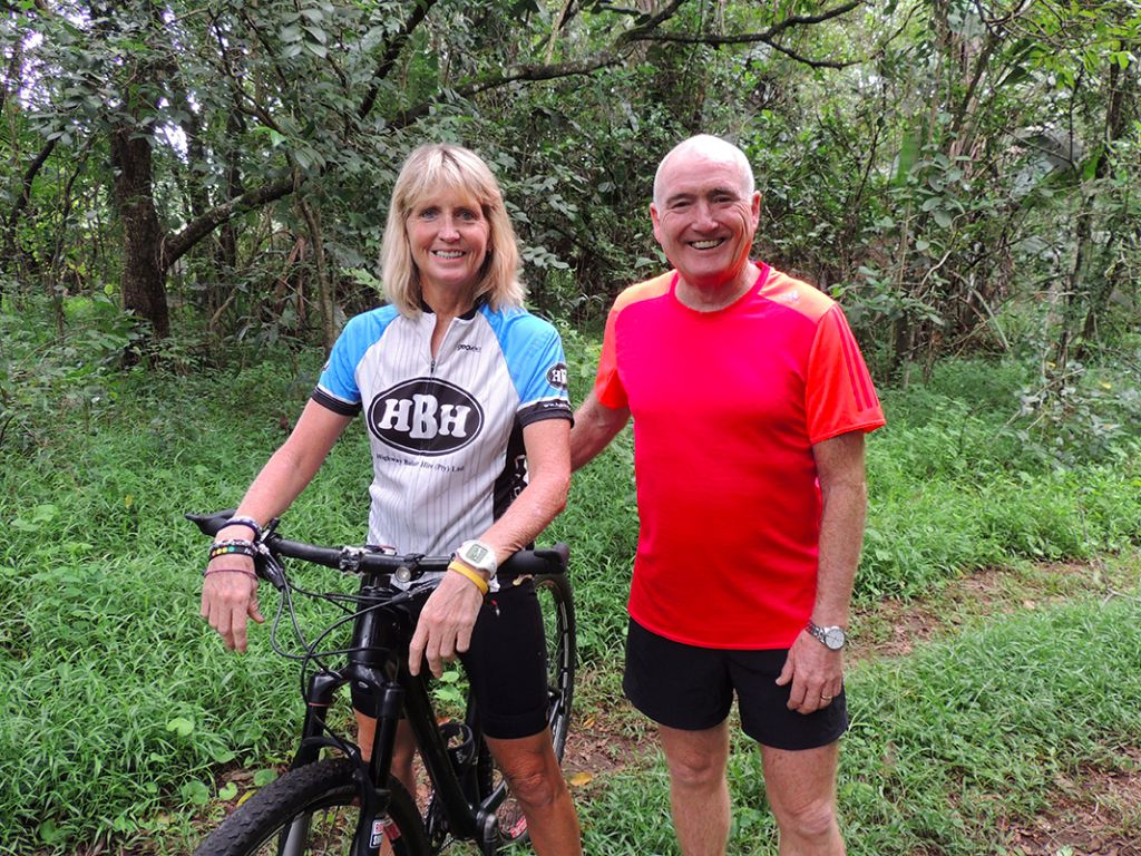 Sarah van Heerden from the Kloof and Highway SPCA and Ray Olivier of Old Mutual in Hillcrest.